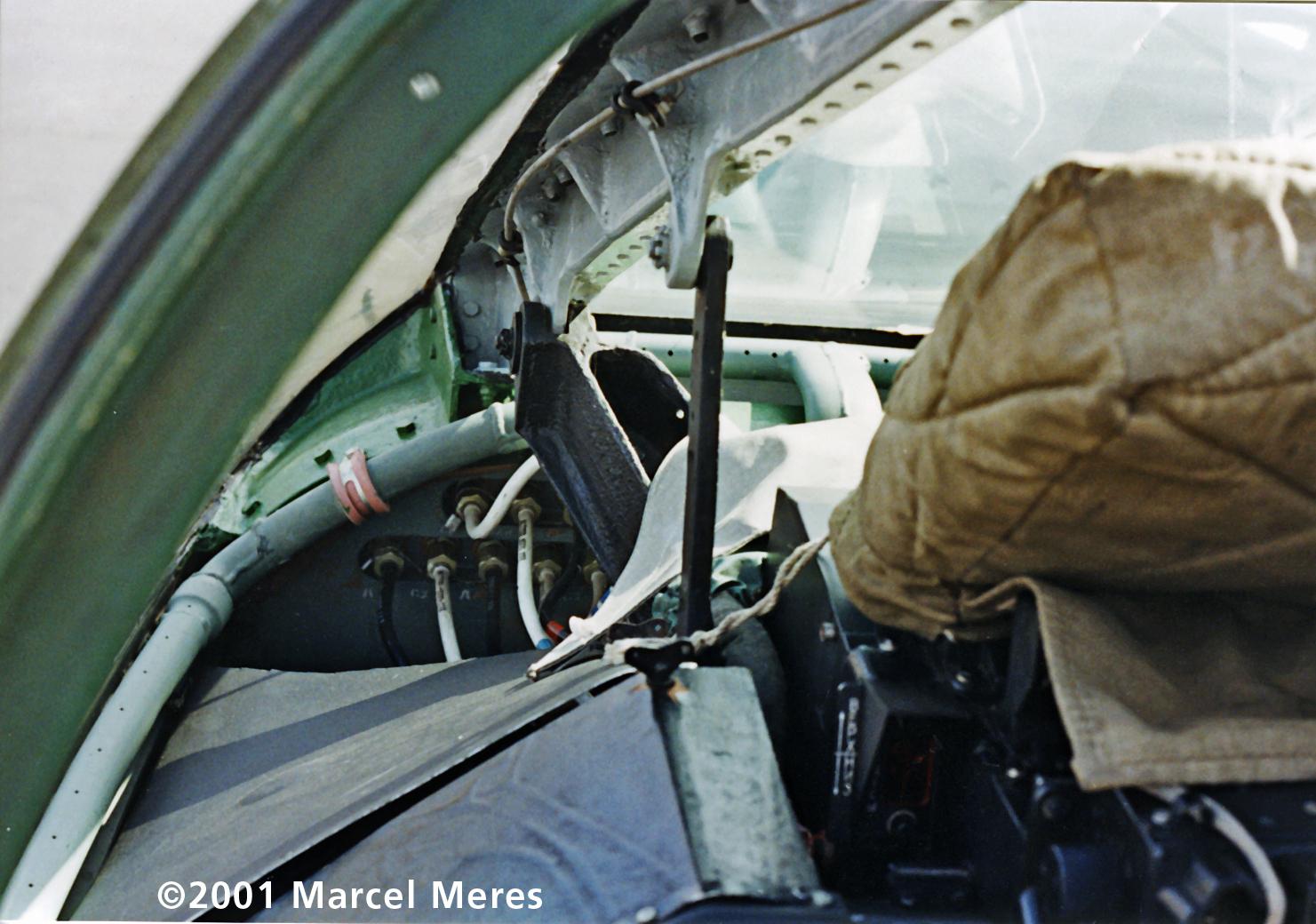 Su-25 Cockpit demist