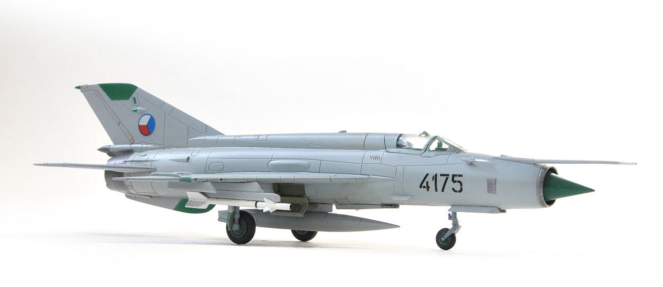 MiG-21 MF, Eduard, 1/144, Czech AF