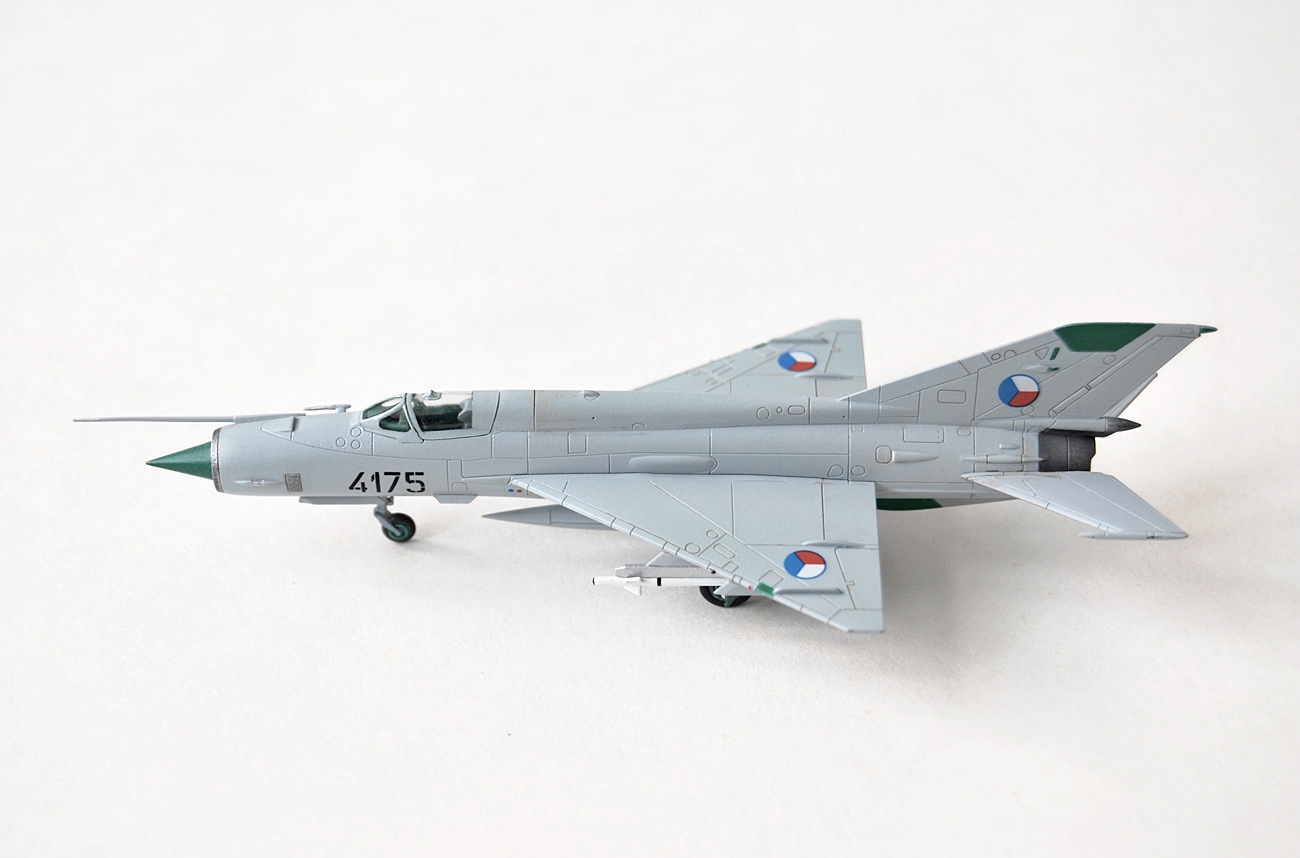 MiG-21MF, Eduard, 1/144, Czech AF