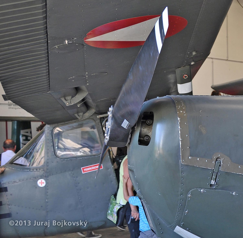 Cessna O-1 / L-19 Bird Dog, Austrian army, Flap hinges