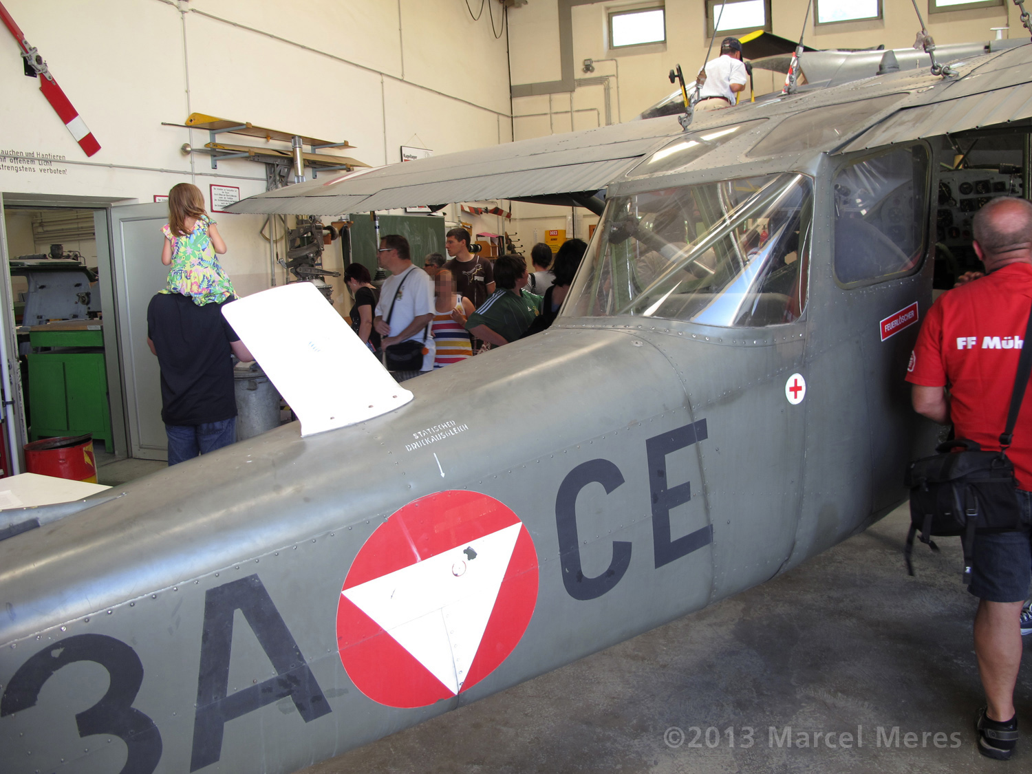 Cessna O-1 / L-19 Bird Dog, Austrian army, Canopy rear window