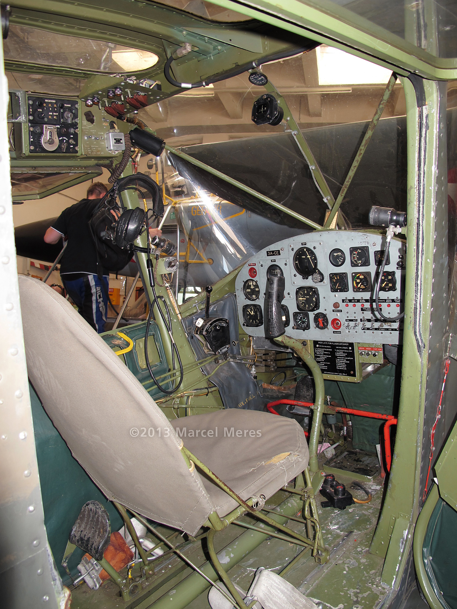 Cessna O-1 / L-19 Bird Dog, Austrian army, Cockpit front