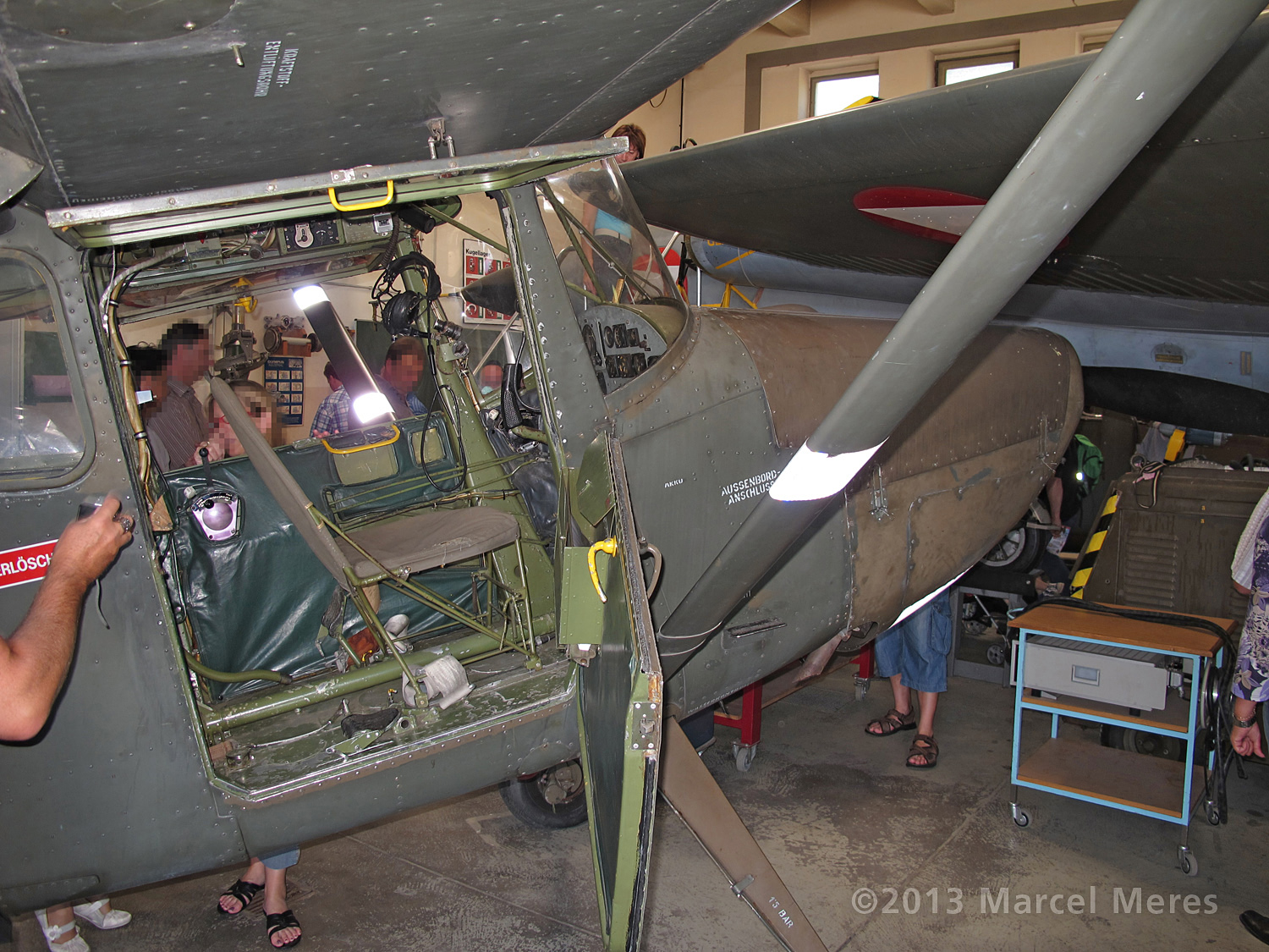 Cessna O-1 / L-19 Bird Dog, Austrian army, Cockpit door opened