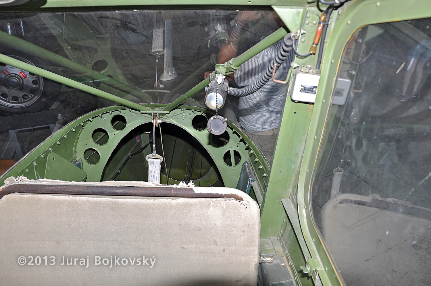 Cessna O -1 / L-19 Bird Dog, Austrian army, Cockpit, above observer's seat