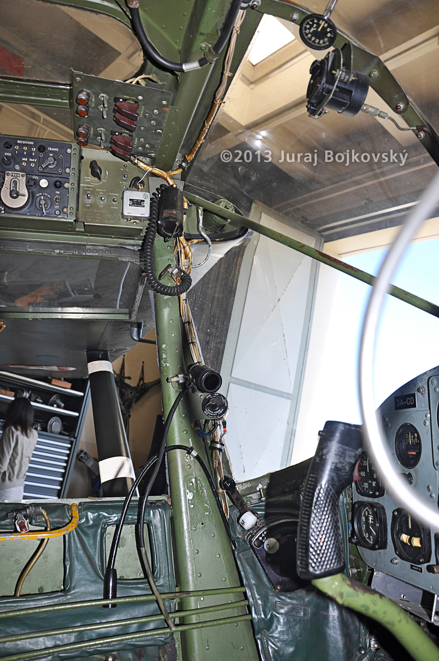 Cessna O-1 / L-19 Bird Dog, Austrian army, Cockpit, frontmost part