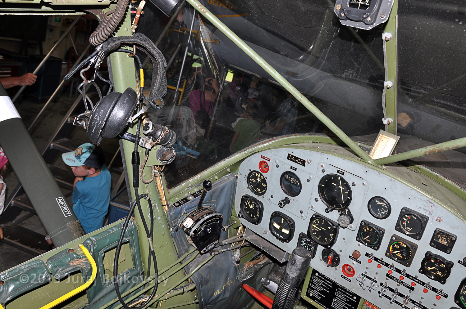 Cessna O -1 / L-19 Bird Dog, Austrian army, cockpit, windscreen