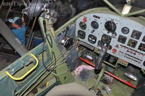 Cessna O -1 / L-19 Bird Dog, Austrian army, cockpit details