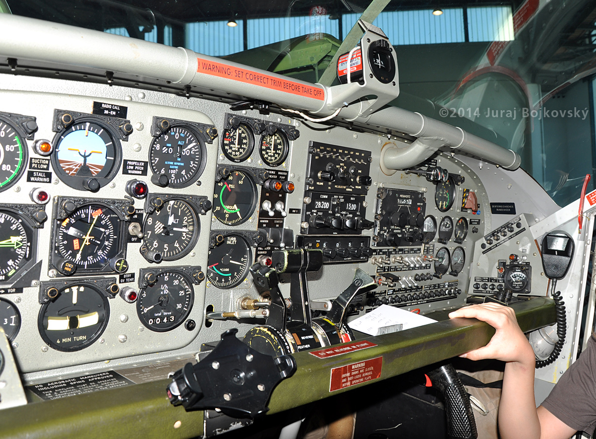 Pilatus Porter cockpit, main instrument panel