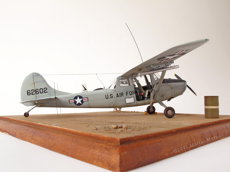 Cessna O-1E Bird Dog, starboard, door