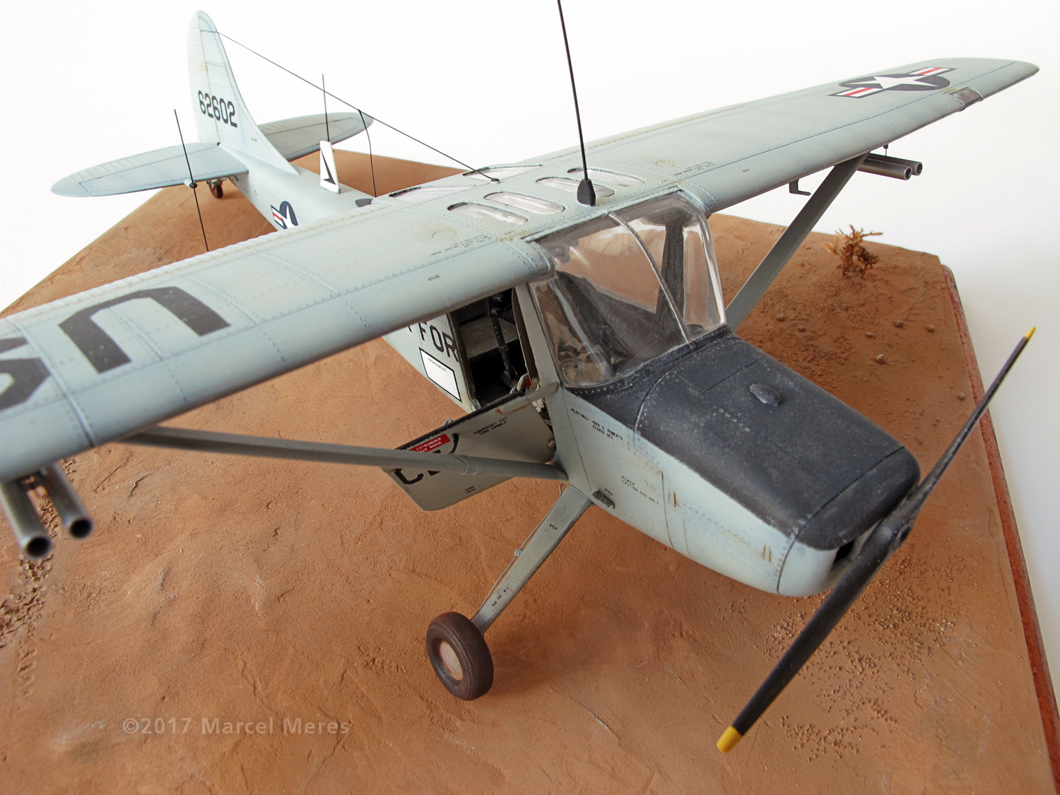 Cessna O-1E Bird Dog, windscreen