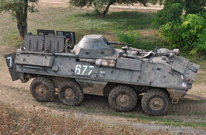 OT-64 SKOT pravá strana, vrch