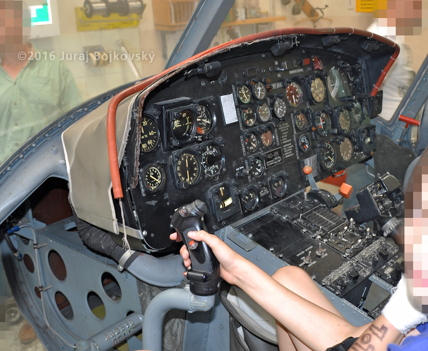 UH-1B Control Stick, co-pilot