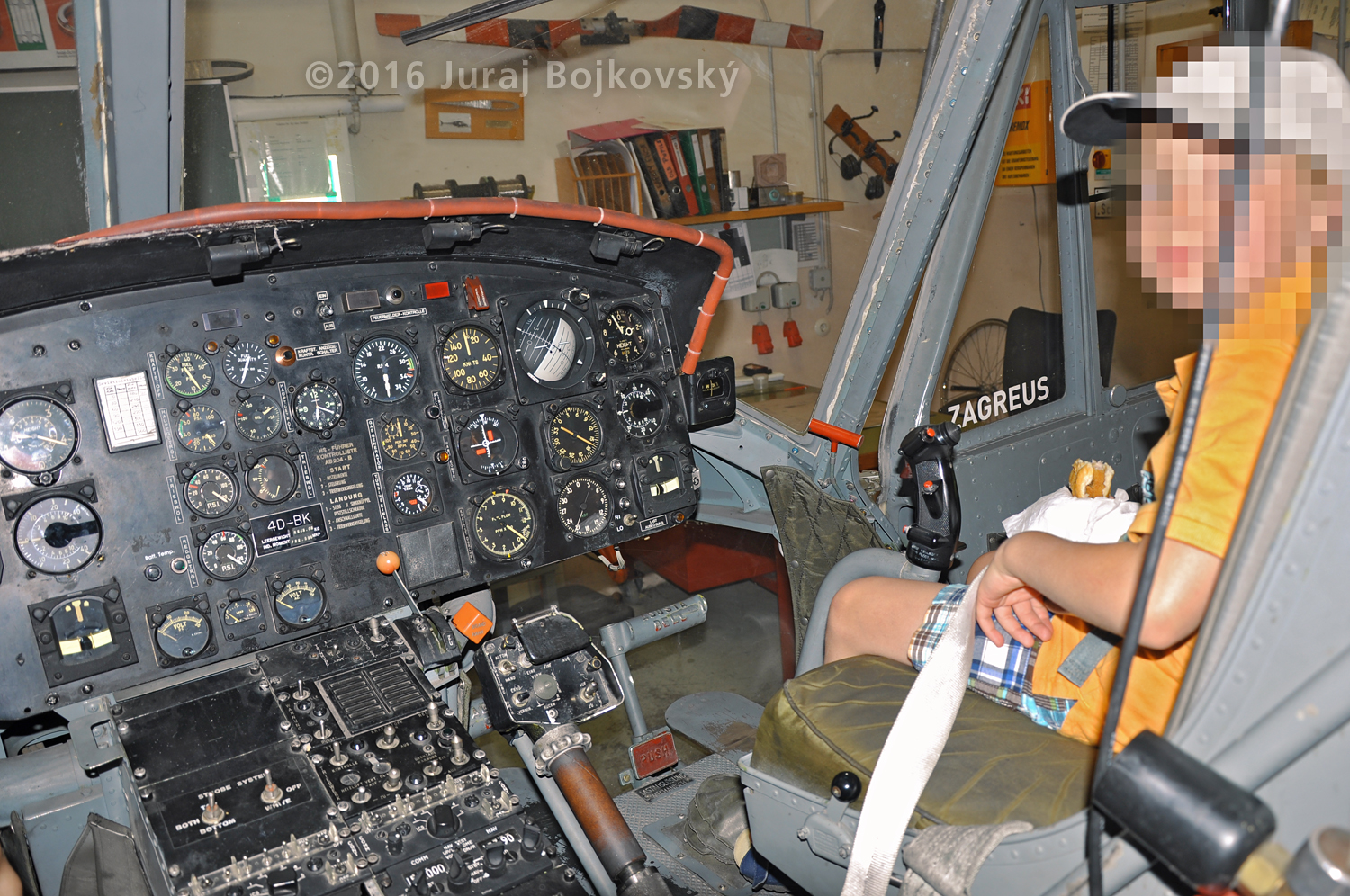 UH-1B Main Instrument panel, Right portion
