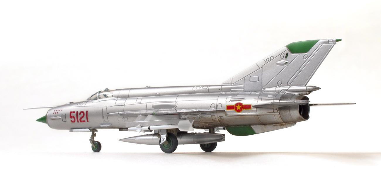 MiG-21MF eduard 1/144 bočný pohľad, ľavá strana
