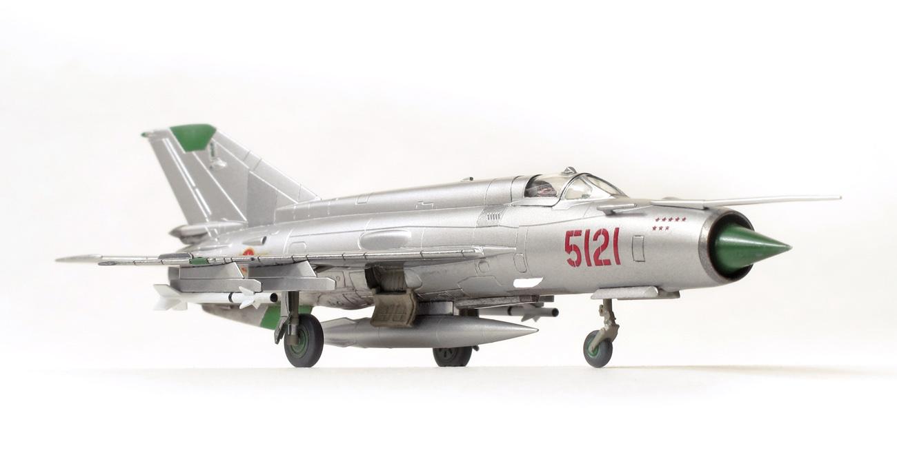 MiG-21MF eduard 1/144 spredu
