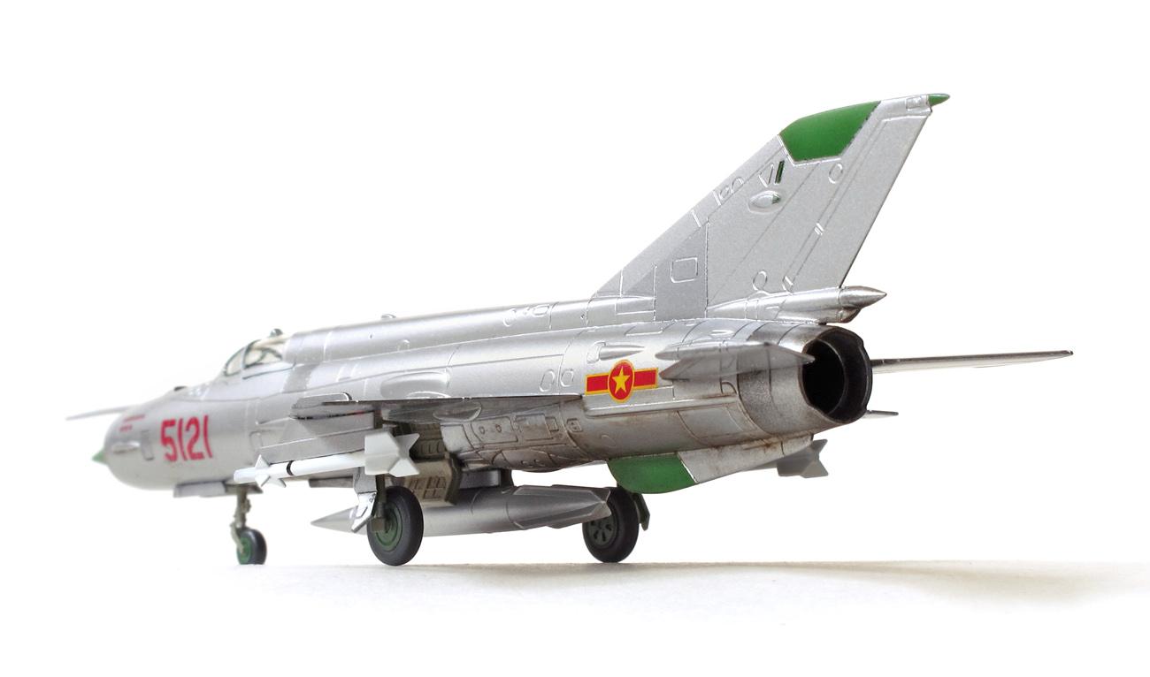 MiG-21MF eduard 1/144 odzadu