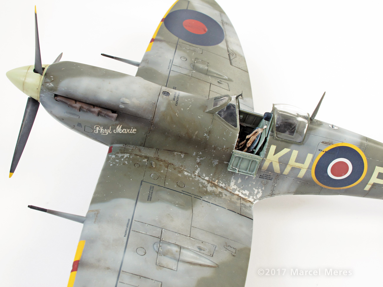 Spitfire Mk.Vb Tamiya 1/48 Phyl Marie, Close-up view, From Wing, Port side