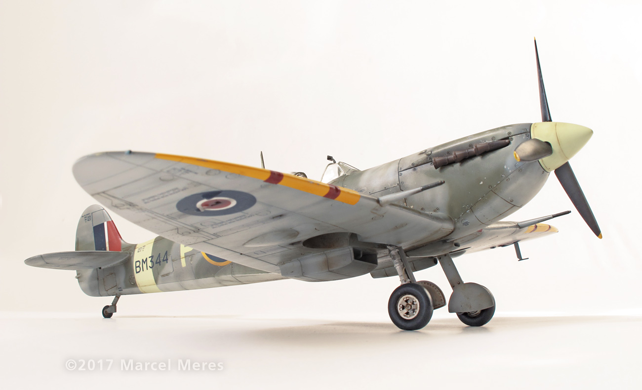 Spitfire Mk.Vb Tamiya 1/48 Phyl Marie, Starboard side view