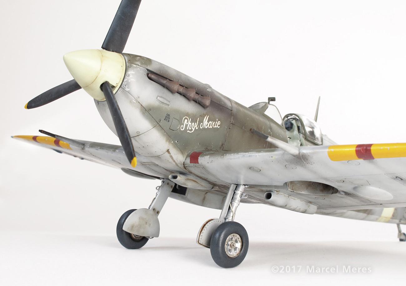 Spitfire Mk.Vb Tamiya 1/48 Phyl Marie, Nose, Port