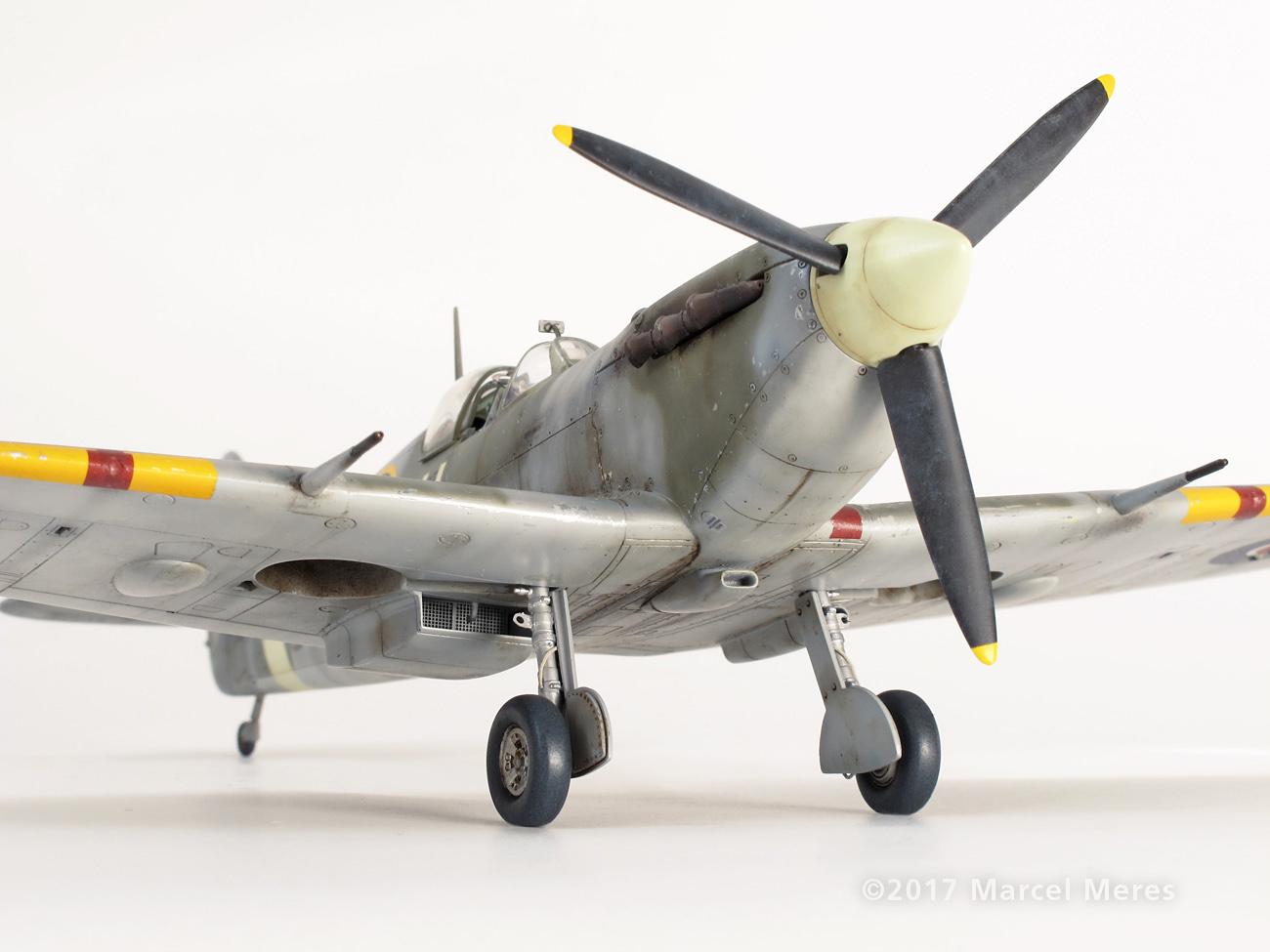 Spitfire Mk.Vb Tamiya 1/48 Phyl Marie, Nose, Starboard