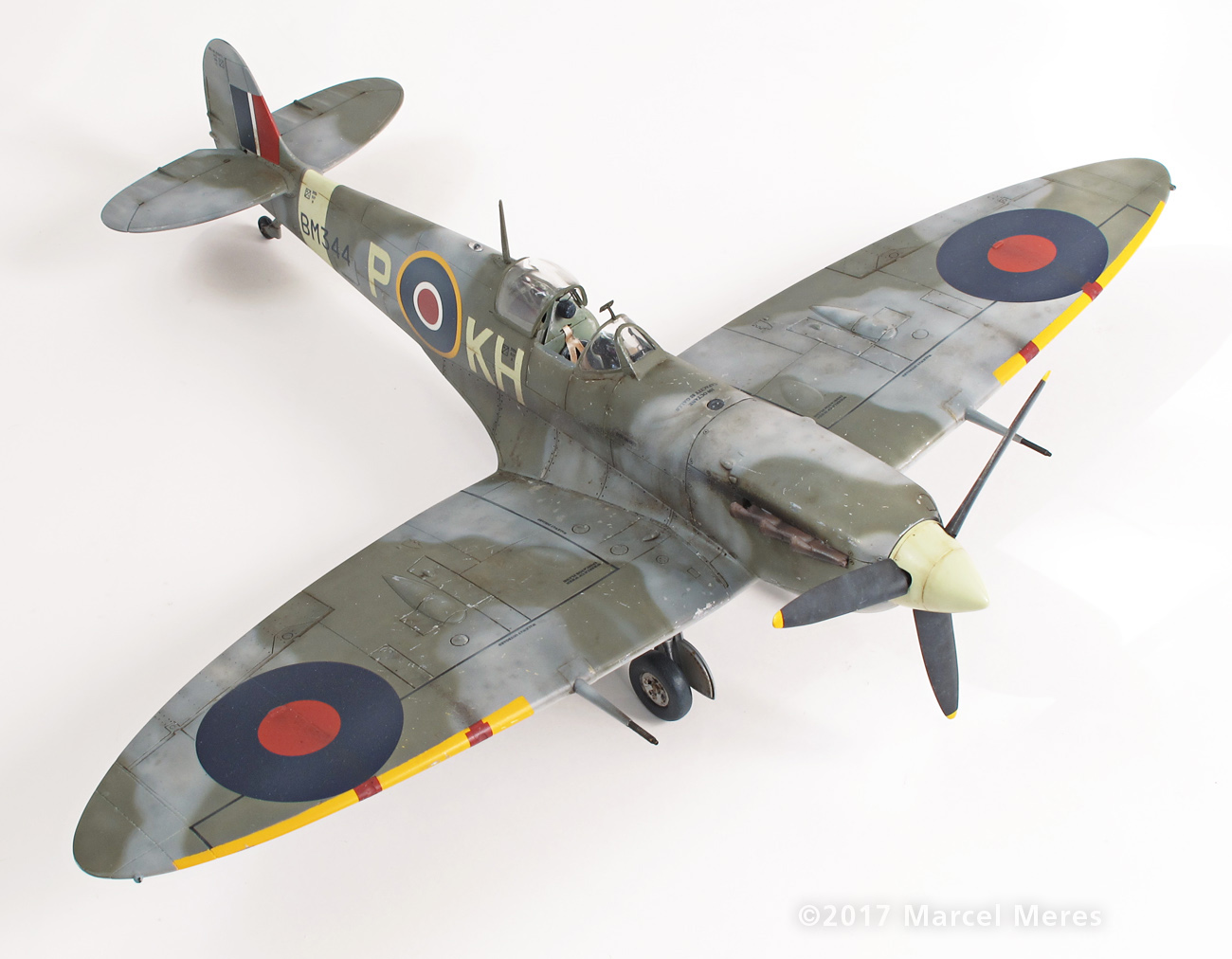 Spitfire Mk.Vb Tamiya 1/48 Phyl Marie, Front view, Top, Starboard side