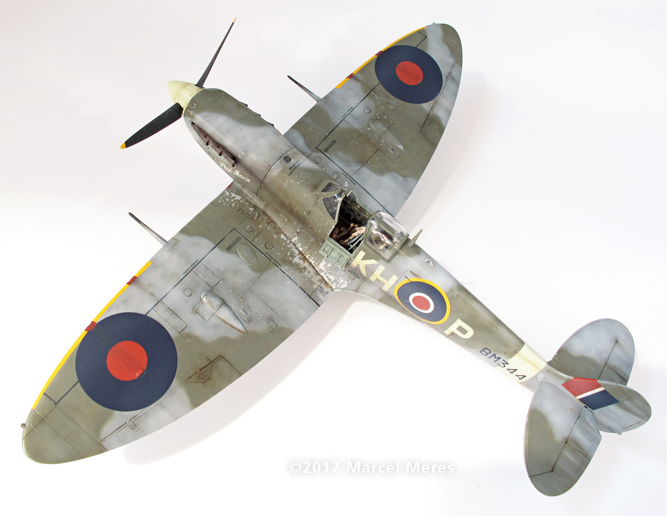 Spitfire Mk.Vb Tamiya 1/48 Phyl Marie, Rear view, Top, Port side